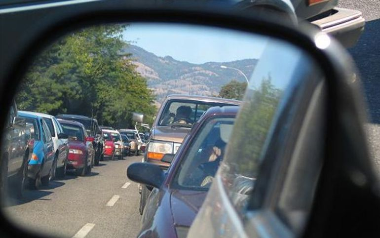 traffic-congestion-via-rearview-mirror.jpg